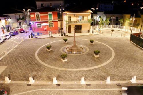 Piazza Amendola